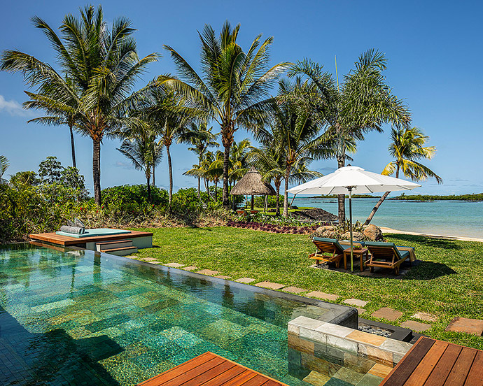 piscine four seasons resort mauritius at anahita